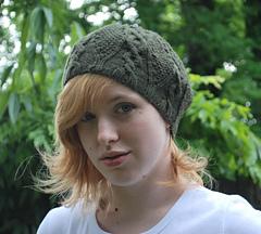 Fiona_hat_045
