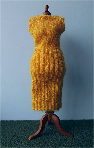 Yellow_dress_medium
