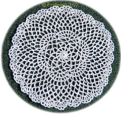 Round_lace_doily_small