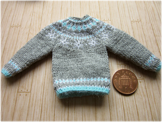 Snowflake_jumper5_small2