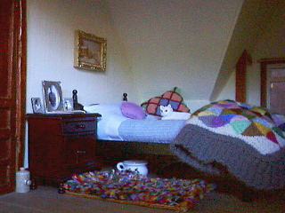 Grandmas_bedroomb_small2