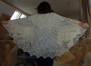 Anna_s_shawl_2_small2