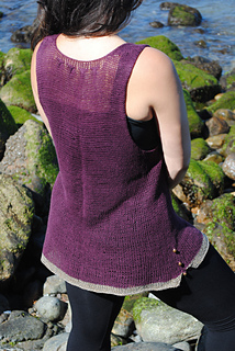 Janna_s_tunic_grace_2_small2