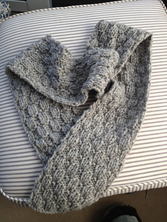 Basket_weave_scarf_-_finished_small2