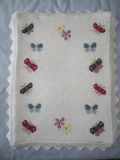 Butterfly Baby Blanket Knitting Pattern : Ravelry: Butterflies Baby Blanket pattern by Gwennol Designs