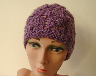 Heather_lace_beanie_4_small2
