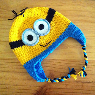 Minion Knit Hat Pattern Free : Ravelry: Minion Earflap Beanie pattern by Janet Carrillo