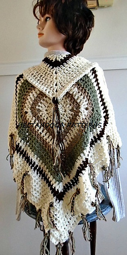1144__granny_square_poncho__hectanooga_patterns_medium