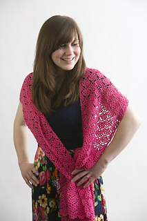 Crochet-pink-sapphire-shawl_small2