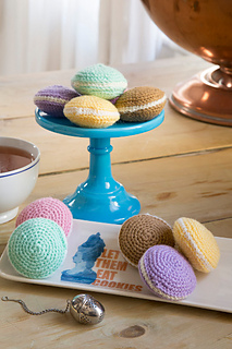 Sweet-macaroons_small2