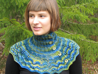 Deep_woods_cowl_main_view_2--re-sized_small2