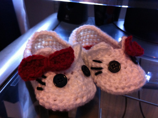 Hellokittyslippers_small2