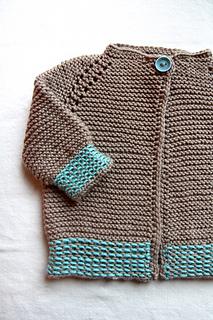 Garter_stitch_sweater_open_small2