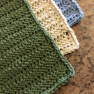 Ravelry: Knitted Lace Dishcloth pattern by Janis Frank