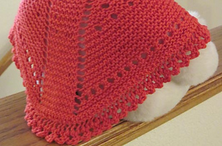 H134b-a-bit-of-lace-dolly-shawl_small2