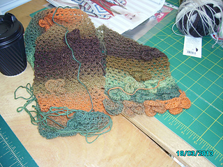 Karen_harris_s_scarf__march_2013_small2