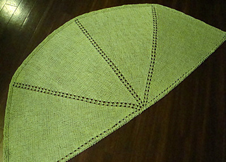 Halfcircleshawl_green_small2