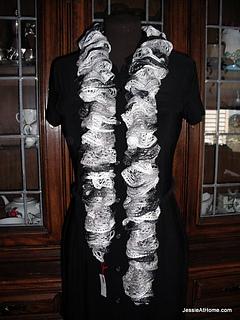 Free-crochet-patttern-net-yarn-spiral-crochet-scarf_small2