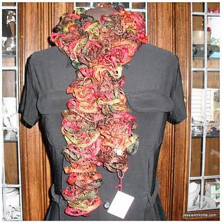 Net-yarn-spiral-crochet-scarf-free-crochet-patttern-fall_small2