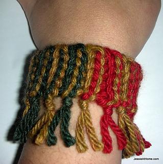 Quick-scrap-slip-stitch-bracelet-colorful_small2