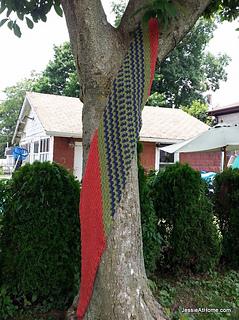 Slanted-little-fans-wrap-free-crochet-pattern_small2