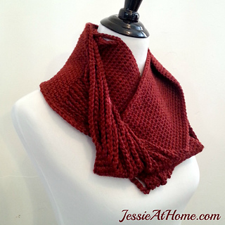 Chained-to-infinity-crochet-scarf-by-jessie-at-home_small2