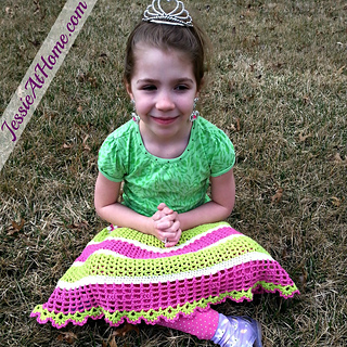 Free-crochet-pattern-daisy-skirt-by-jessie-at-home_small2