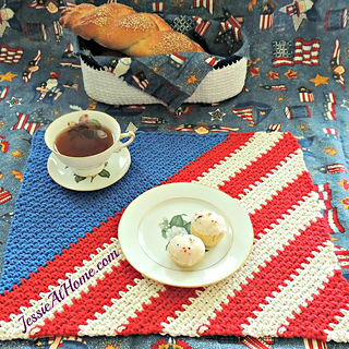 Crochet-patriotic-placemat-from-jessie-at-home-1_small2