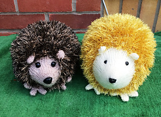 Small Hedgehog Knitting Pattern : Ravelry: Tinsel Hedgehog pattern by King Cole Ltd