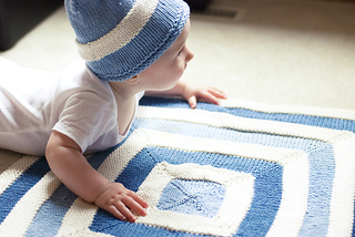 Hopkins_hat_blanket_1_small2