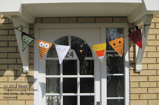 Halloween_bunting_crochet_pattern_2_small2