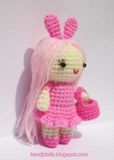 Human_amigurumi_doll_small2
