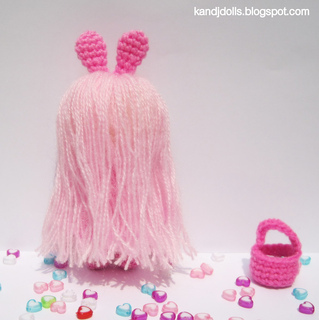 People_amigurmi_pink_girl_plus_basket_small2