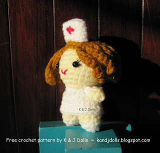 Amigurumi Nurse Pattern : Ravelry: Little Nurse pattern by Sayjai Thawornsupacharoen