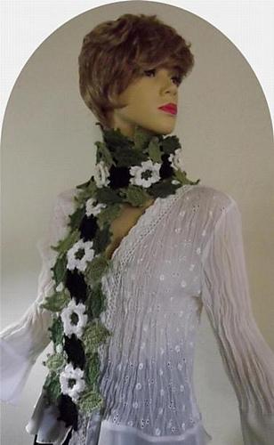 T_spring_blossoms_scarf_c_medium
