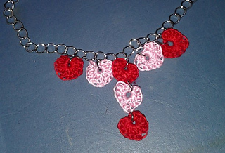 J_heart_necklace_small2