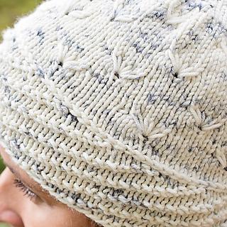 Winter_crocus_hat_detail_small2