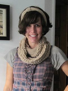 Scarf-ear-muff-crochet-pattern_small2