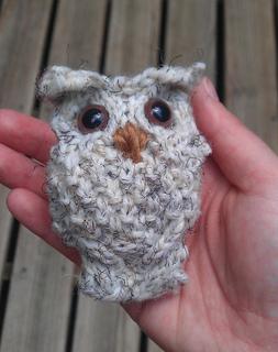 Happy_owl3_small2