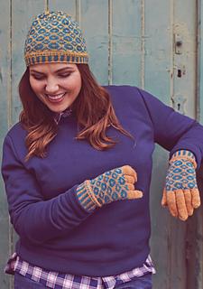 Tioram_hat___gloves_small2