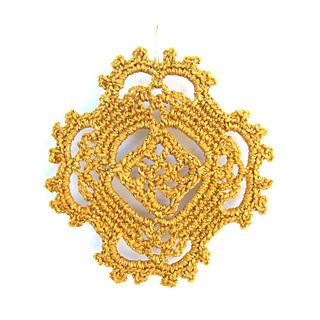 Happy_earrings_gold_single_small2