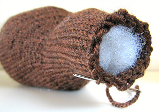 Knit_beaver_cinch_head_small2