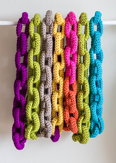 Colorful_chain_scarves_small2