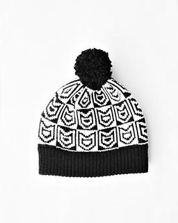 Cat_print_knit_pom_pom_hat_wide_small2