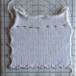 Wool_ease_knitting_machine_swatch_small2
