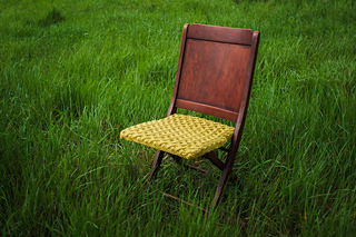 Cable_knit_antique_chair_2_small2