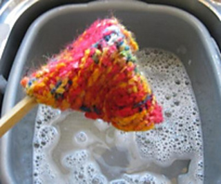 P5fb_during_felting_small2