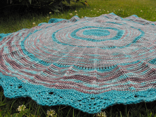 Project_camp_loopy_challenge__2_anadara_blanket_8_small2