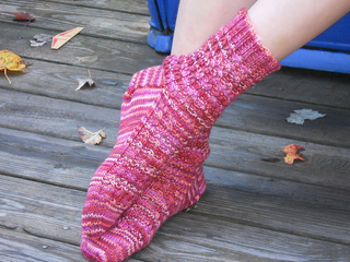 Lacy_mock_cable_socks_2_aug_10_small2