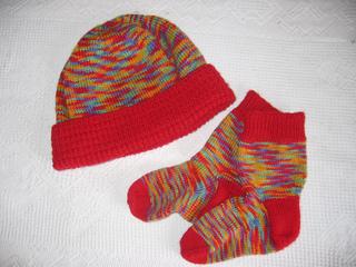Beanie_and_socks_small2